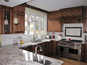 An Ideal Kitchen for Entertaining *2013 Merit Award Winner Peninsula Remodelers Showcase Awards*
