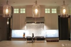 Modern yet Tradtional Kitchen