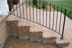 railings-side-of-steps