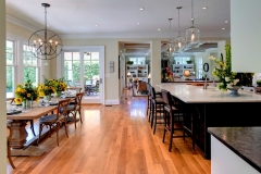 Custom Home with a Large, Open and Airy Kitchen