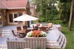 outdoor-living-multi-level-deck-with-lights